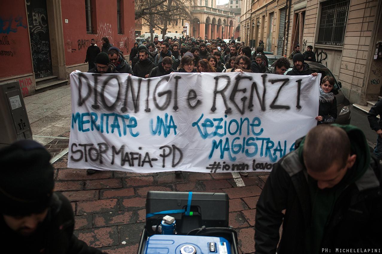 Contestazione a Renzi - © Michele Lapini